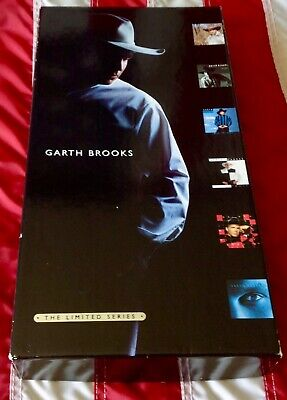 Garth Brooks The Limited Series 6 Cd Box Set 1998 Capital Records W/ 60 Pg Book