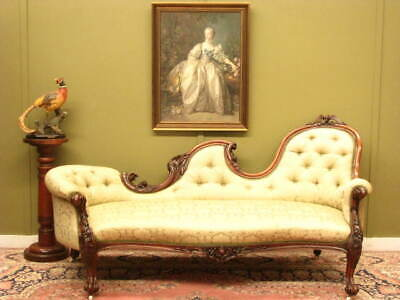 ANTIQUE CARVED WALNUT BUTTON BACK CHAISE / SOFA ~ FINE DAMASK FABRIC   c1880s