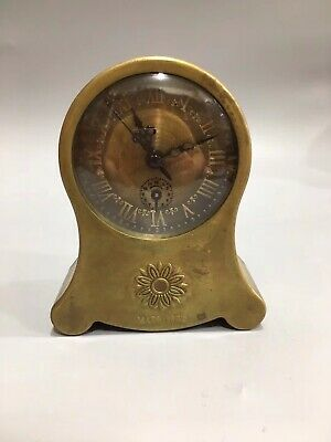 Chinese Old copper handmade chrysanthemum Mechanical clock table Home decoration