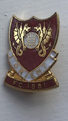 Leyton Orient Football Club Enamel Badge (2)