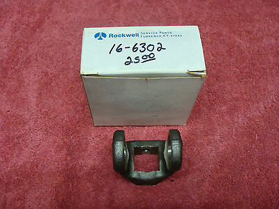 """PTO  yoke 1 1//2/"""" round with 1//4/"""" shear pin hole NOS Rockwell #L6NYR24-1"""