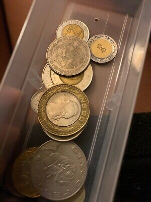 MEXICO COIN LOT WITH BIG SILVER UN PESO COINS! MEXICAN COIN COLLECTION! (s63)