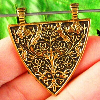 39x35x1mm Carved Tibetan Gold Flower Triangle Pendant Bead Y74186
