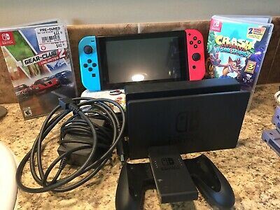 Nintendo Switch 32GB Gray Console Bundle with 2 games and Accessories