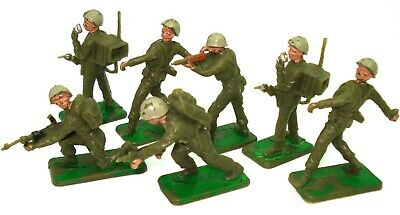 Crescent 1950'S Plastic Toy Soldiers 7 Pieces - V.rare
