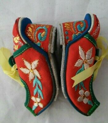 Chinese Embroidered Binding Shoes Oriental Womens Footwear Ornements Textile