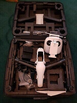 DJI inspire 1 drone. Brand new never used - carry case remote - Propellers