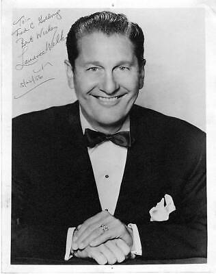 LAWRENCE WELK ORIGINAL AUTOGRAPH SIGNED 8x10 PHOTO
