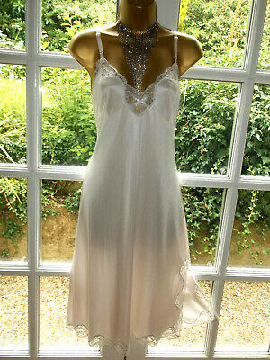 Vintage Charnos Luxurious Heavy Pale Pink Nylon Scalloped Lacy Full Slip UK18