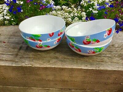 Cath Kidston Queens Strawberries Set Of 4 Bowls