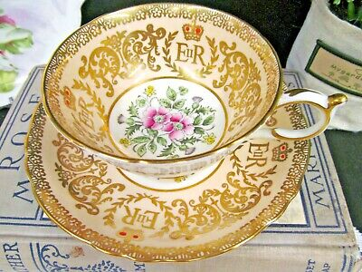 PARAGON tea cup and saucer thistle Peach Commemorate teacup gold gilt