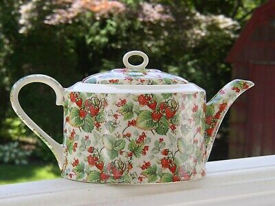 Vintage HERON CROSS England China Pottery Strawberry Chintz Transferware TEAPOT