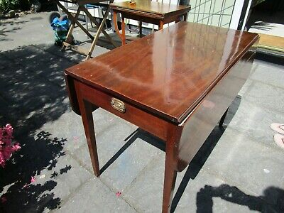 Late George III Mahogany Pembroke Table with Fitted Drawer.
