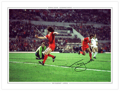 LIV 005 - HAND SIGNED 16x12 PHOTO EDITION LIVERPOOL 1977 TERRY McDERMOTT