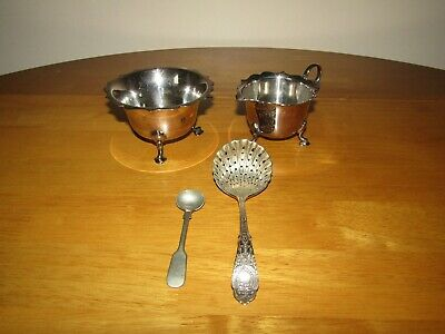Collectable Vintage Martin Hall & Co + John G. Graves Silver Plated EPNS Set.