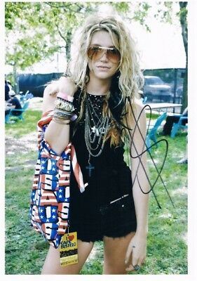 """Kesha 1987- genuine autograph photo 8""""x12"""" signed In Person US singer rapper"""