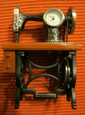 Vtg style TREADLE SEWING MACHINE MINIATURE COLLECTIBLE MINI CLOCK new battery