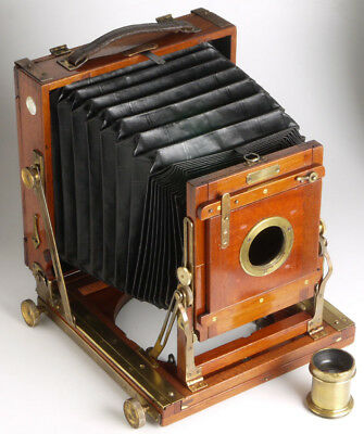 """Houghton """"The Victo"""" antique mahogany Wood & Brass Camera + lens + plate holder"""