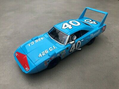 Carrera Digital 132 30526 Plymouth Superbird Petty Racing No.40 Karosse+Chassis