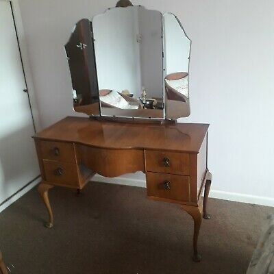 Antique dressing table with five drawers and mirror. Including stool.