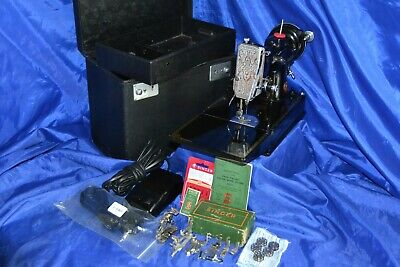 Singer Featherweight 221 Sewing Machine 8-15-1940 Serviced Case/Tray Attachments