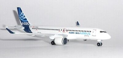 Airbus A220-300 House / Demo Herpa Diecast Collectors Model Scale 1:500 532822 G