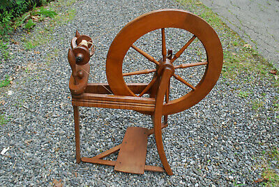 Vintage spinning wheel ready to spin