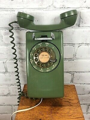 Vintage Bell System Western Electric Green Rotary Dial Wall Telephone 554