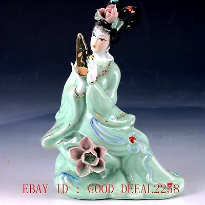 Chinese Porcelain Handwork Carved Beauty Statue RC008+c`#
