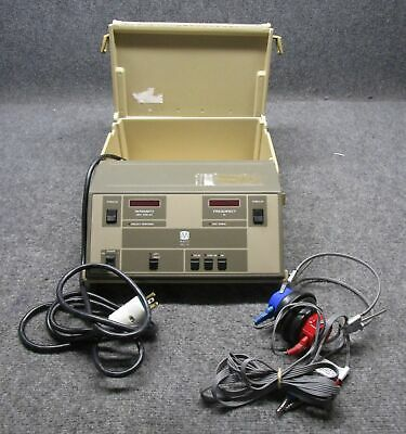 Maico Model MA39 Hearing Audiometer with Headphones *Tested Working*