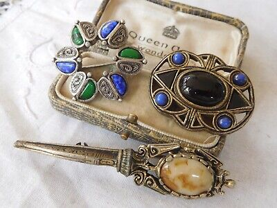 Three Lovely Vintage 1950s/60s Brooch by Miracle