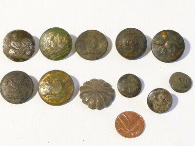 11 x Livery Family Crest Buttons A/F Metal Detector Find Ex Martins Lot #CM165