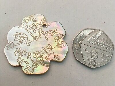 Mother Of Pearl Focal Bead. Approx 35mm in size. Gold Lip Oyster.