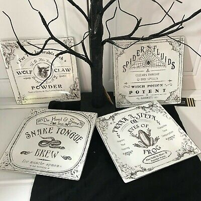 222 Fifth HALLOWEEN HALLOW APOTHECARY SALAD PLATES FROG SNAKE SPIDER SET of 4