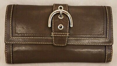 Coach Wallet BROWN Leather Trifold Organizer Clutch Buckle 12 credit Card Pocket