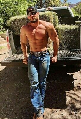 Shirtless Male Hunk Athletic Body Muscular Country Huge Beefcake PHOTO 4X6 G167