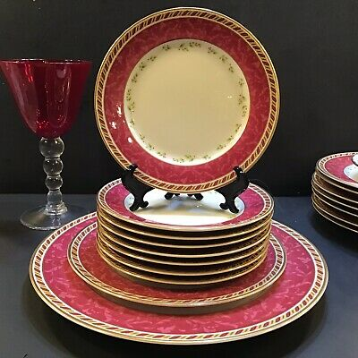 """4 Royal Albert SEASONS OF COLOUR RED Bread & Butter Plate 6.5"""" Christmas"""