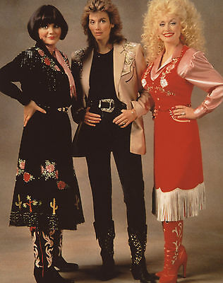 Linda Ronstadt Emmylou Harris Dolly Parton 8x10 photo T4887