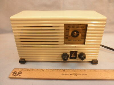 Excellent & Petite 1938 ART DECO EMERSON AX211 Tube Radio-Repaired & Working- NR