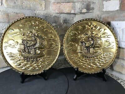 "2 Peerage England Brass Relief 10"" Wall Plates Hanging Sailing Ship Embossed MCM"