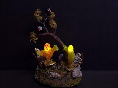 Dept 56 Village Halloween 'Shaking Graveyard' Light Up Piece #56.53162