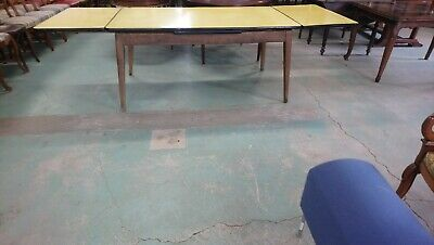 grande Table   formica Jaune