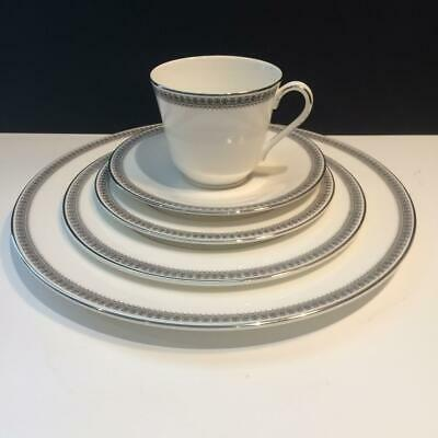 20Pc Royal Doulton Ravenswood Lot: 4X Complete 5 Piece Place Settings Ch5583