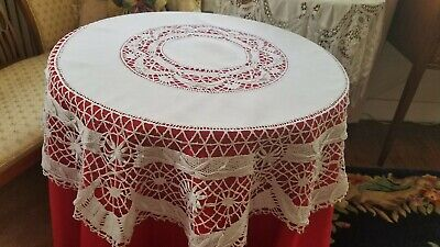 "Circular Vintage Linen Tablecloth 42"" dia ""Wheat Ears"" Cluny Bobbin Lace Border"