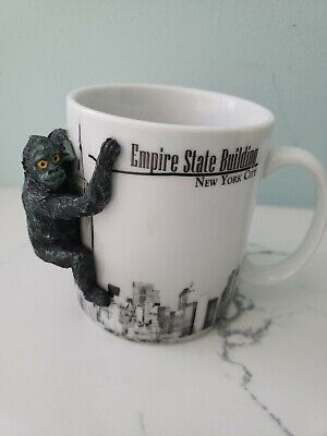 Empire State Building KING KONG Hanging On Mug EXCELLENT CONDITION