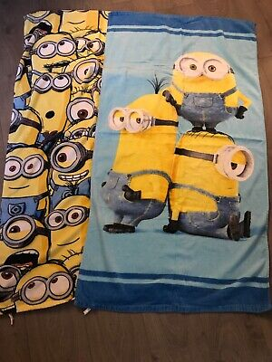 2 X Minion Towels Beach/bath