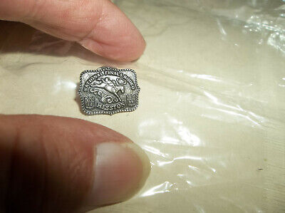 MINT in Pkg 1986 Hesston National Finals Rodeo Lapel Pin - Sealed