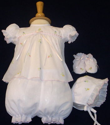 NWT Will'beth White Baby Girls 4pc Diaper Set Preemie Size 00 Bonnet & Booties