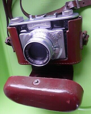 Vintage FUTURA -S 35 mm German camera with EVAR FUTURA 1:20/50 Lens