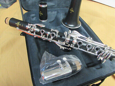 Buffet Crampon E-11 Bb Clarinet with Silver Plated keys